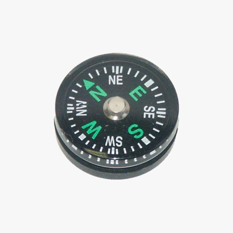 Highlander Button Compass