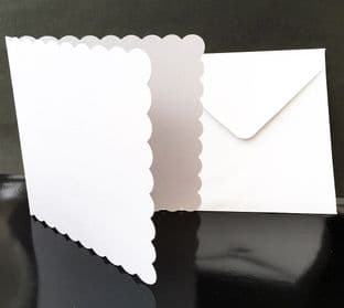 "5"" x 5"" Scallop Edge Card Blanks & Envelopes 5 Pack"