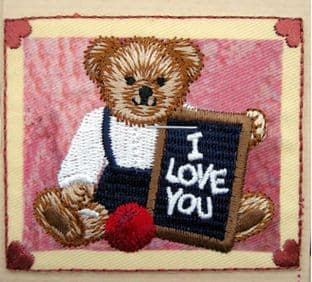EMBROIDERED APPLIQUE MOTIF - TEDDY LOVE YOU