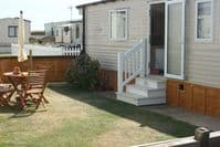 * Dog Friendly Caravan C29 Burton Bradstock, Dorset