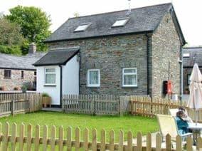 Higher Longford dog friendly Cottages Tavistock Devon with pets