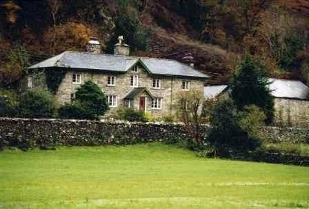 Felin Rhyd Fawr dogs-welcome cottage Snowdonia North Wales