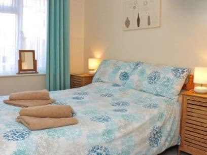 Pet Friendly Apartment Whitstable Kent - Sleeps 5