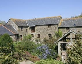 Polean farm Pet Friendly Cottages near Looe Cornwall | Horses welcome