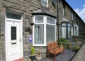 Seahouses Cottages Dog Friendly accommodation Northumberland   pets allowed