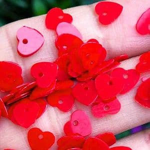 Sequins, Burgandy, 6mm x 6mm, 360 pieces, 3g, Heart shape, Sequins are NOT shiny, [CZP656]