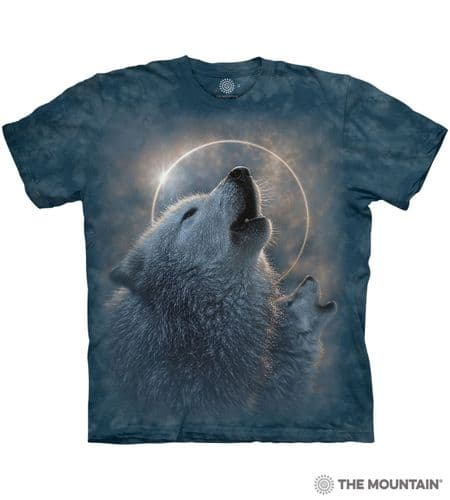 Wolf Eclipse T-shirt | The Mountain®